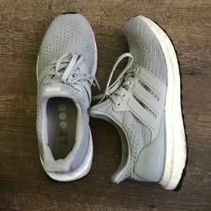 Adidas Ultraboost - Grey